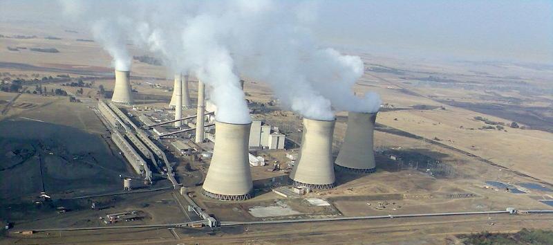 Eskom Arnot power station - Gerhard Roux Wikimedia Commons resized